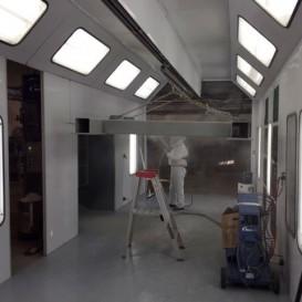 Cabine de peinture à circuit fermé (15' X 25')